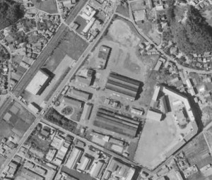 1966年に国土地理院が撮影した航空写真(右下に見えるのは日大高校・中学校)