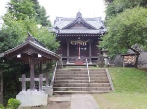 日吉本町2丁目にある駒林神社