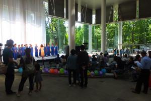 来往舎内のステージでは地元のサークルや有志によるさまざまなステージが繰り広げられました