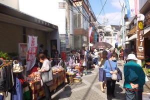 10月18日(日)は晴天となり、多数の人が訪れていました