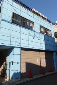 来年(2016年)4月に保育園の開設を予定しているビル、2階には駒林学童保育がある