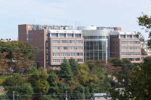 日吉3丁目の丘の上にある矢上キャンパス