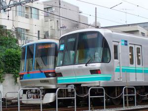 地下鉄南北線と三田線は日吉駅で折り返す(日吉本町1丁目付近)
