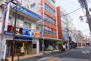 今回対象の日吉本町1丁目の宅地は中央通り商店街の浜銀通り寄りの裏側