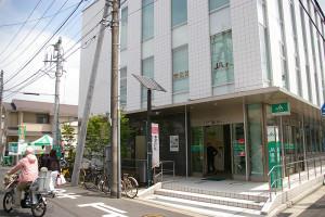 穏やかな気候の中、JA横浜・日吉支店の「春の農業まつり」が開催されました