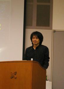 慶應義塾大学理工学部の岡朋治教授。専門分野は宇宙物理学。岡教授らの活躍もあり、現在では慶應義塾で宇宙を研究する環境が充分に整っているとのこと