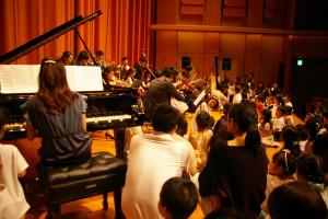 音がじんじんと身体に伝わってくる感覚は、これまでのステージ下から聴くコンサートではなかなか体験できない貴重な機会と感じました