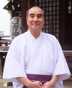 相原鎮雄さんは日吉神社の宮司である一方、33年にわたり保護司をつとめている