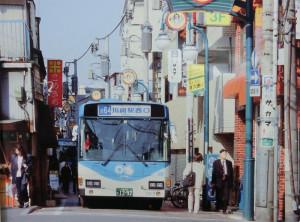 1994年ごろ、オズ通りを通る路線バス(川崎市の資料より)