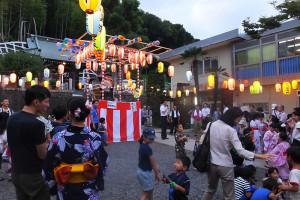 2日目には港北区の横山日出夫区長も来場した箕輪町の盆踊り大会