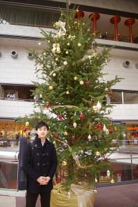 この日、翌日(12月21日)にここ東京芸術劇場での演奏会を控えた大江さん。「日本(現在は東京に拠点)とドイツは年に10回くらい行き来しています」と、日本から世界へと活躍の場を広げる大江さんのパワーを感じるインタビューとなった
