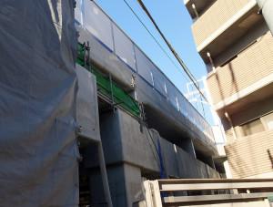 既に東横線の高架が相鉄直通線との二層式が完成している箇所も(箕輪町)