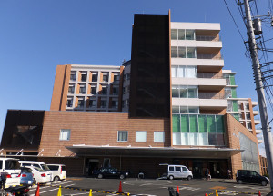 現在は無料で91台が駐車可能な井田病院