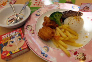 子ども向けの「ペコちゃんランチ」(税別690円)などには「ミルキー」が付いてくる
