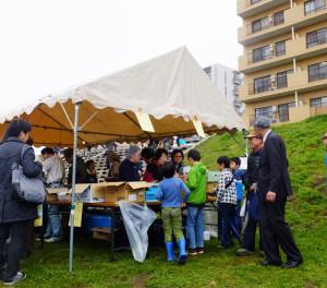 「手作りの味」販売コーナーは子どもたちにも大人気!優しい味わいを楽しめました