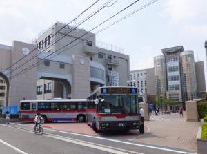 日吉駅から徒歩約12分の日大中学・高校