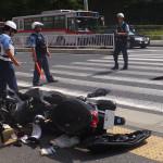 日吉駅西口での交通事故