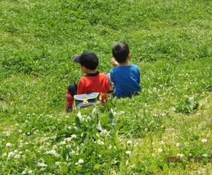 綱島の鶴見川辺は子どもたちの憩いの場に