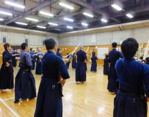 設立から昨年(2017年)で30年を迎えた「摂心館」。飯山さんら70名を越える剣士らの日々の挑戦はこれからも続いていく