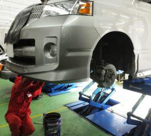 今年(2018年)1年の車検台数は前年を大幅に上回り、約1800台を越える見込みとなるなど、対前年の約150%増となる予定。タイヤ交換の持込みも増えており、好評を博しているという