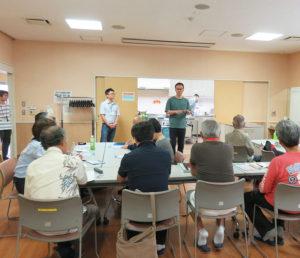多世代交流スペース「えんがわの家よってこしもだ」運営者の黒須悟士さんが、「男の3Gプロジェクト」代表として、今回の開講にあたっての想いを披露