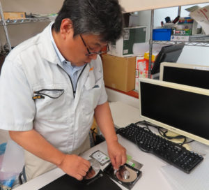 日大高校や箕輪町にも近い「パソコン救急センター日吉店」では、パソコンを処分したい顧客からの要望にも対応している