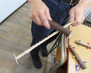 先月(2019年)8月に6年生と旅した「フィールドワーク」では、山梨県上野原市で竹細工のレクチャーを受講してきた(リンクは「中学受験塾 ひよし塾のつれづれ日記」ブログ)