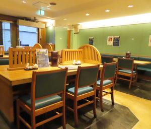 日吉の「たつ吉グループ」が、飲食店の料理を自宅などへ配達する「ウーバーイーツ」に初挑戦。日吉駅西口バスロータリーに近い「そば処たつ吉」での取り扱いとしてスタートすることに