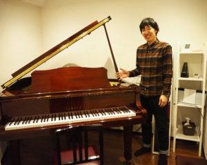 実父がかつて東京都内で経営していたレストランで使用していたというグランドピアノも。「ぜひお気軽にご利用ください」と榎本さん