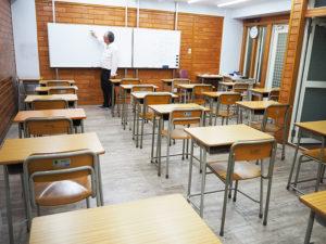 「ひよし塾」がオンライン授業や動画配信に独自でチャレンジ。テレビ会議システムZoom(ズーム)やグーグルクラスルームを利用し新たなスタイルでの授業を行った