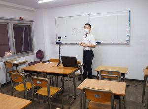 ライブ配信での受講者の割合は高くはないが「今後も感染症対策として継続したい」と玉田社長。「オンライン自習室」の試みも好評を博しているという