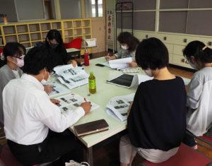 10月12日午前に「70周年記念誌」の最終チェックと、印刷業者への原稿の引き渡しを行った