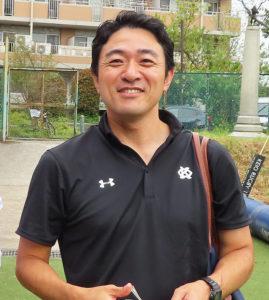 港北区との「オンラインラジオ」の司会進行を務めたゼネラルマネージャーの和田康二さん。地域での盛り上がりや一体感を得られたと感じている(慶應下田グラウンドで)
