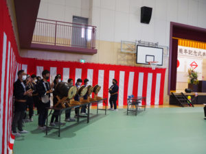 綱島囃子保存会の皆さんが、開式前の会場を演奏で盛り上げていた