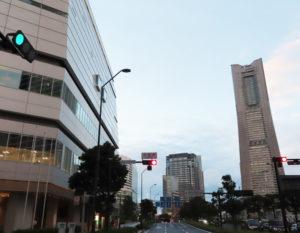中区の横浜市役所付近