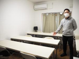 「習字教室」用の部屋も新たに5階に設置。窓で換気もできる空間で受講ができる