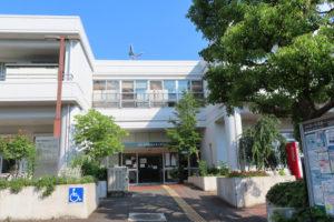 港北区北部で初の行政による「ワクチン集団接種会場」となった綱島地区センター(6月10日)